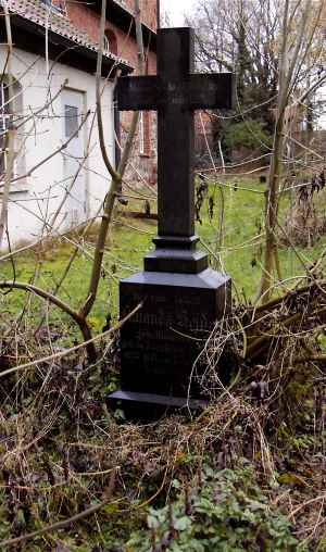 Zebelin-2005-Friedhof-13